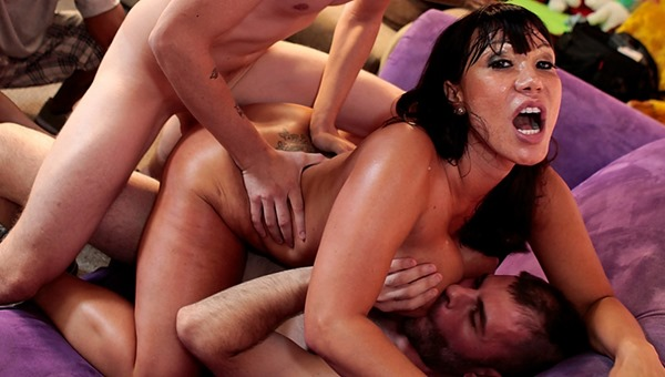 immoral live ava-devine-double-teamed